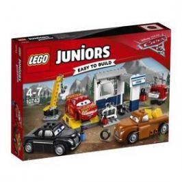 LEGO® JUNIORS® 10743 Čmoudíkova garáž