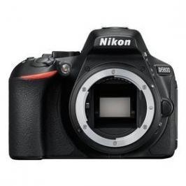 Nikon D5600, tělo černý