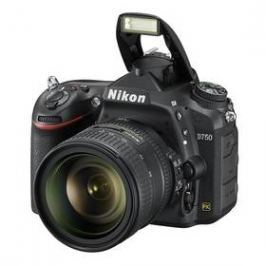 Nikon D750 + 24-85mm černý